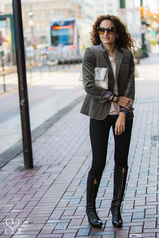chic outfit, date night, boy blazer, masculine feminine mix