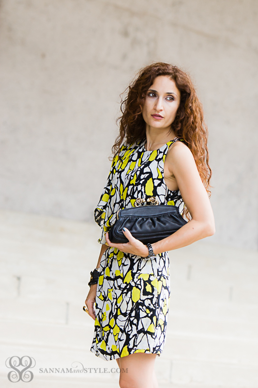 date night outfit, mixing of feminine and masculine in outfit, ootd, abstract print dress