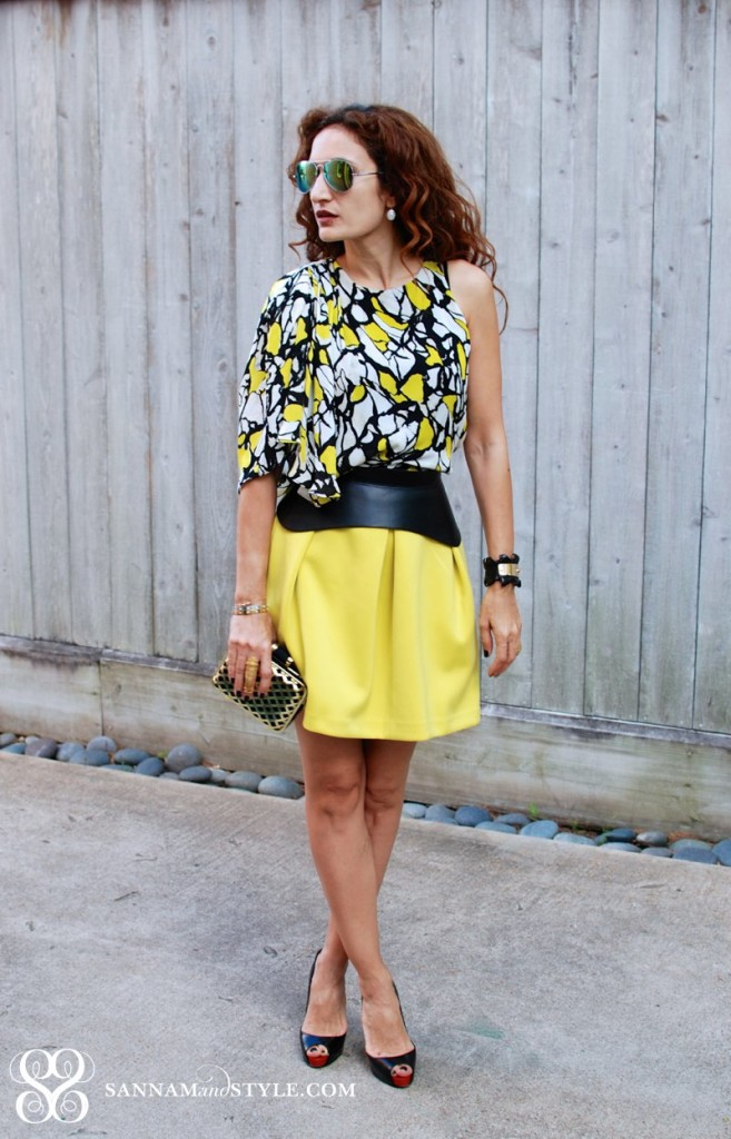 dress worn as a top neon yellow skater skirt asks full skirt black bcbg corset belt black and gelt chic street style neon houston fashion blogger summer style