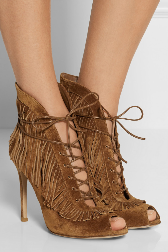 fringe lace-up ankle boots fringe trend street style houston fashionblogger tuesdayshoesday western chic city chic