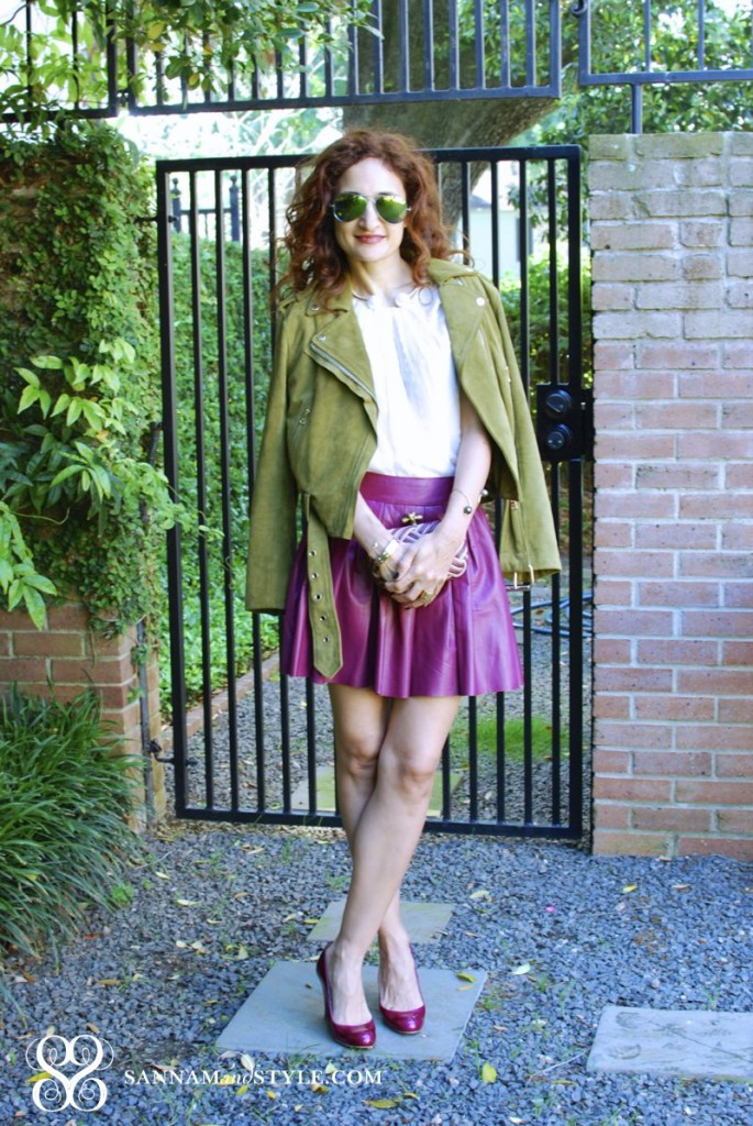 alice + olivia fischia pleated skirt club monaco green suede jacket leather and suede outfit chic flirty feminine style houston fashionblogger street style