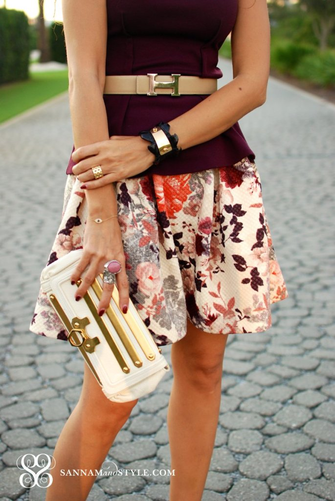hm skirt maroon peplum top chic casual style houston fashionblogger 30a blogger fun skater skirt look vintage hermes belt taylor and tessier cuff sannam and style
