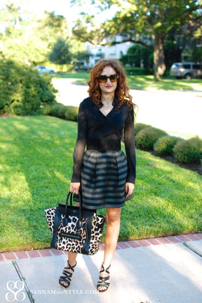 chic style celine leopard luggage tote french style feminine style houston fashion blogger curly hair long curly hair