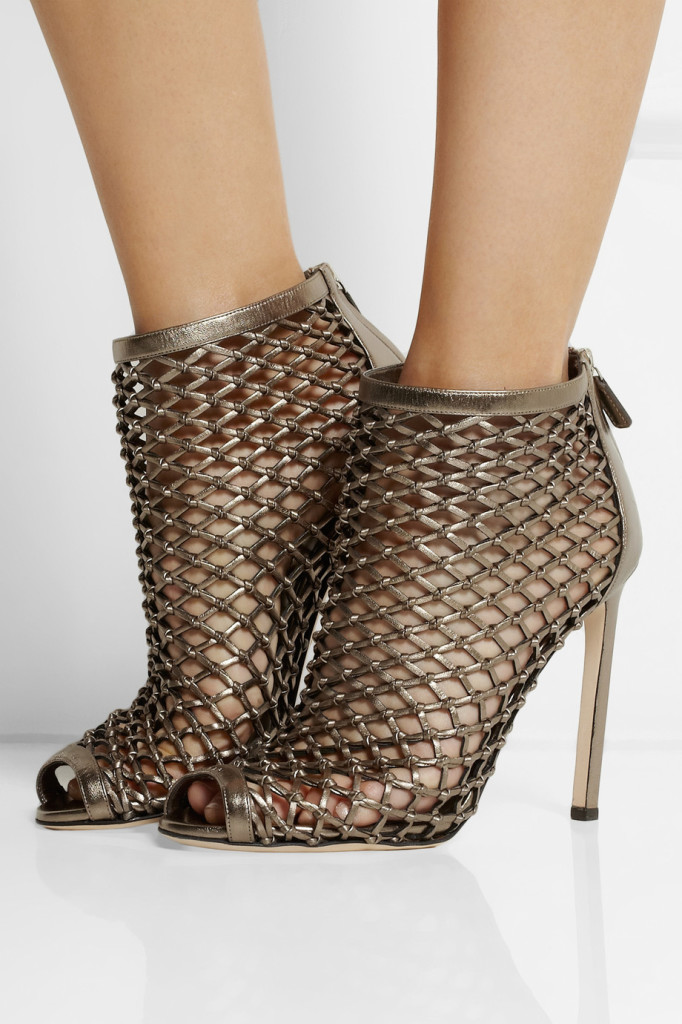 metallic caged bootie Gucci shoes sexy holiday party shoes new years eve shoes gold shoes sexy shoes perfect for holiday season shoes tuesdayshoesday shoes day shoehorn houston fashionblogger sannamandstyle