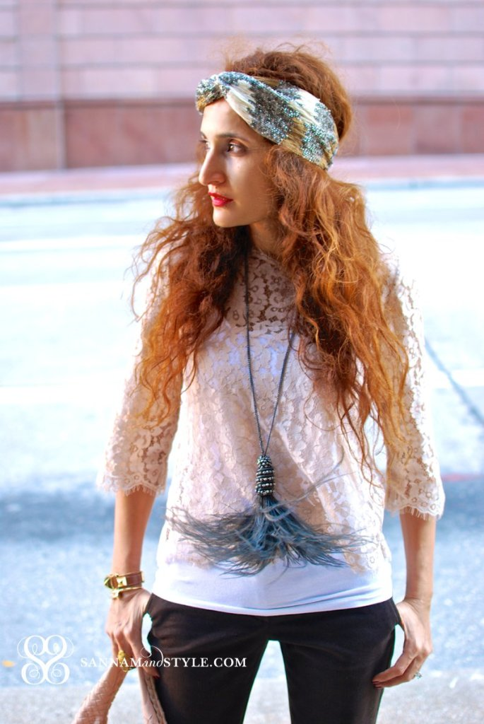 feather necklace boho chic look boho chic street style flapper esque outfit head wrap street style chic fashion blogger houston fashion blogger houston personal stylist sannam and style
