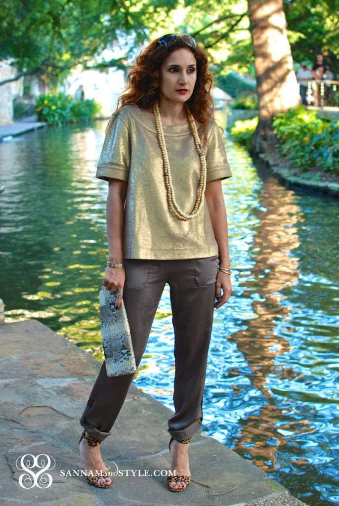 banana republic gold top slouchy khaki pants presumer python clutch chic neutral outfit summer trends the new banana republic marissa webb banana republic dior pearl necklace cartier nail bracelet