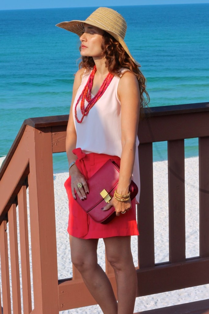 Under $100 outfit old navy coral shorts banana republic cross over top ann taylor coral necklace celine red box bag gucci gold sandals chic outfit beach style outfit sannamandstyle houston blogger