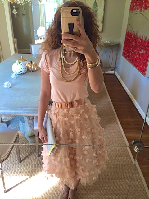tulle skirt metal belt rose gold belt date night outfit ideas girls night out outfit ideas houston fashion blogger