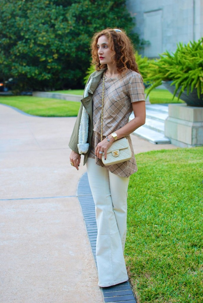 assymetrical tunic houston fashion blogger flare jeans how to wear flares for fall casual chic outfit date night outfit army green jacket with sequins vintage chanel