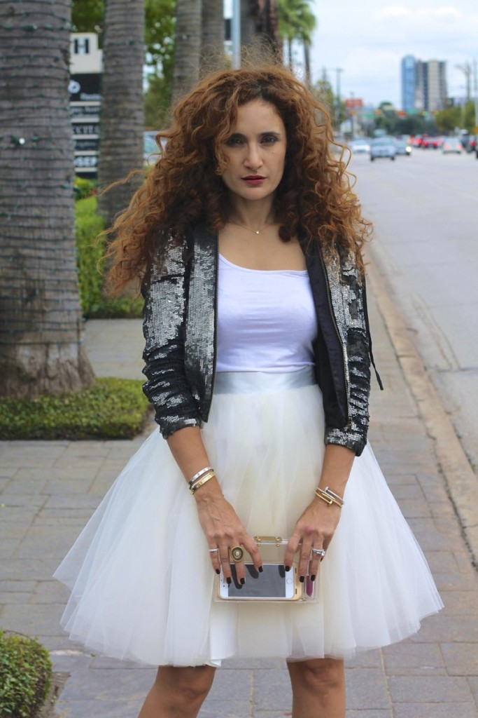 how to wear tulle skirt anthropologie tulle skirt sequin jacket cartier bracelets louboutin nude so kate pumps clear clutch sarah jessica parker moment gurhan ring birthday outfit ideas houston fASHION blogger street style