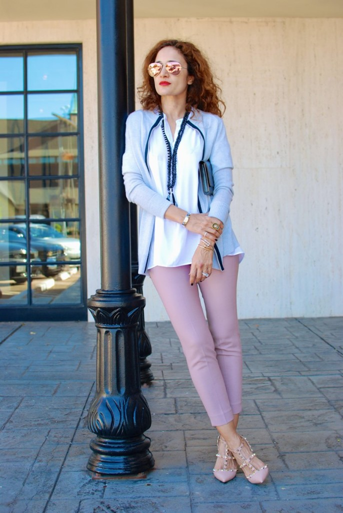 chic pink skinnies pink and gray outfit valentino rock stud shoes saint laurent belle du jour clutch aviators cartier bracelets houston fashion blogger