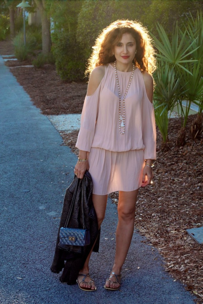should less dress spring trend blush pink dress the cold shoulder shop bop dress chic beach style pink and grey outfit houston blogger what to wear to rosemary beach