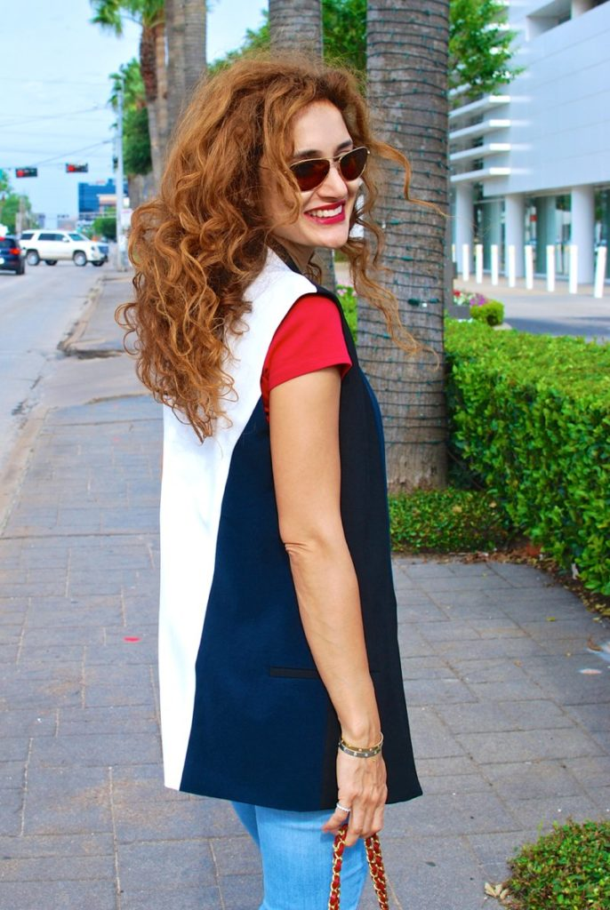 how to wear sleeveless blazer vest distressed denim chic casual look chanel red bag gucci shark tooth sandals houston fashion blazer tshirt and jeans outfit