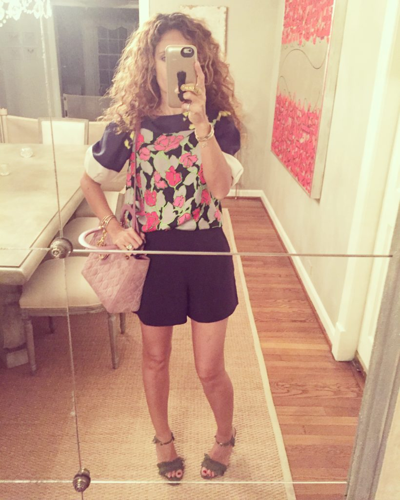 flower top lady dior bag olive green stilettos chic outfit petite blogger curly hair