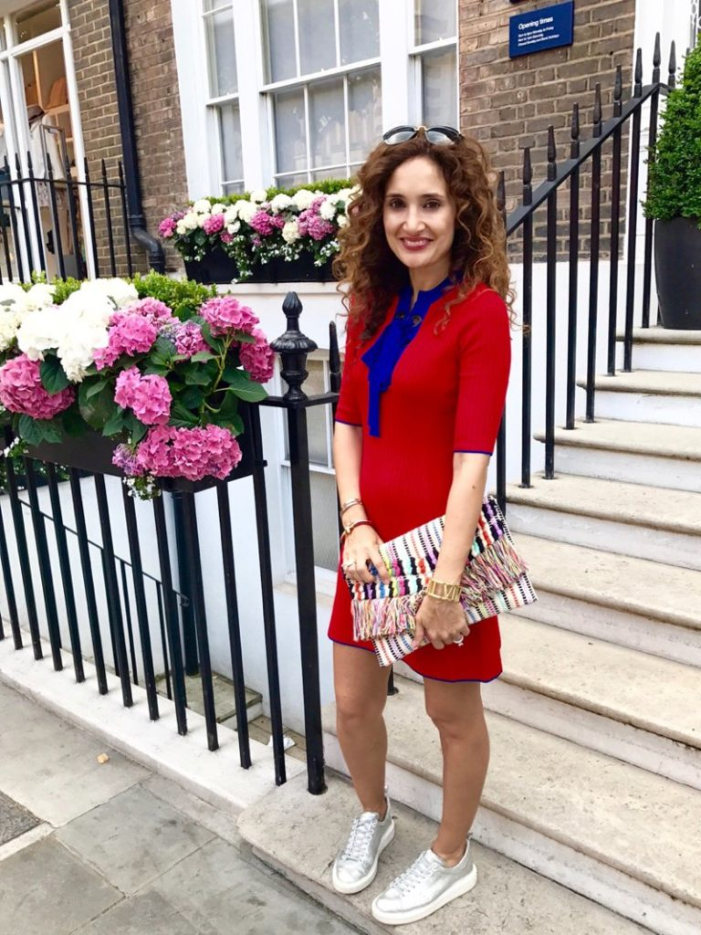 petite blogger red white and blue casual red hot houston blogger vacay dress taj clutch stella and dot london blogger